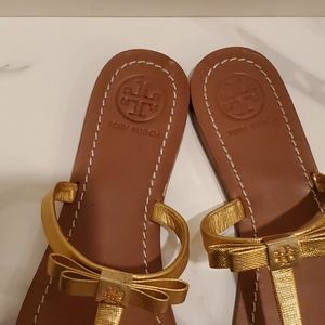 Tory Burch Shoes - Tory Burch Gold Leather Bow Sandals sz 9